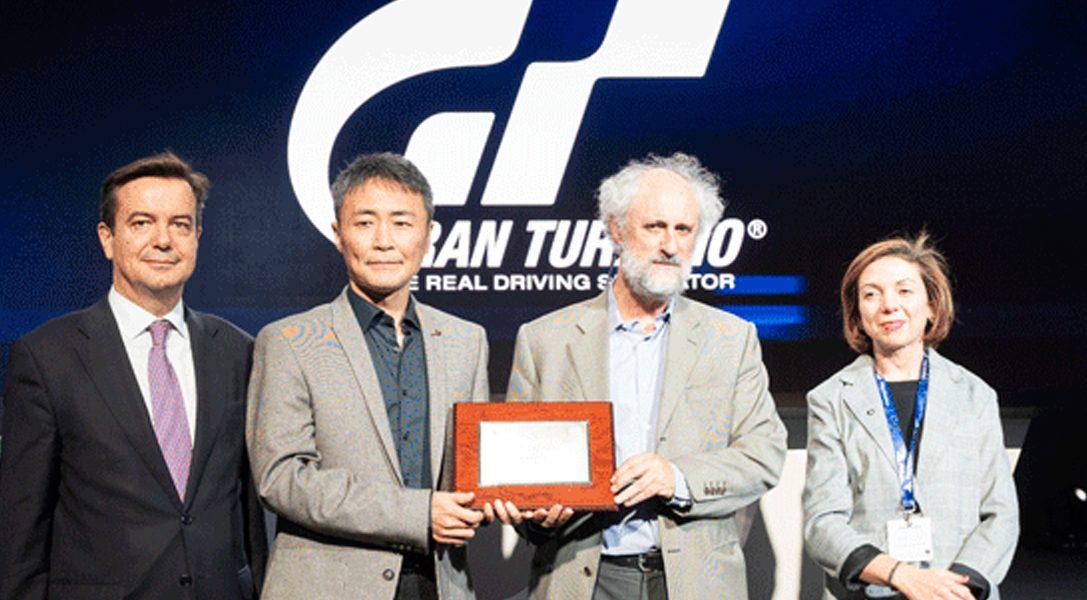 #PlayStationMadridGamesWeek   Kazunori Yamauchi recibe un homenaje por su trayectoria y su aportación a Madrid en Gran Turismo